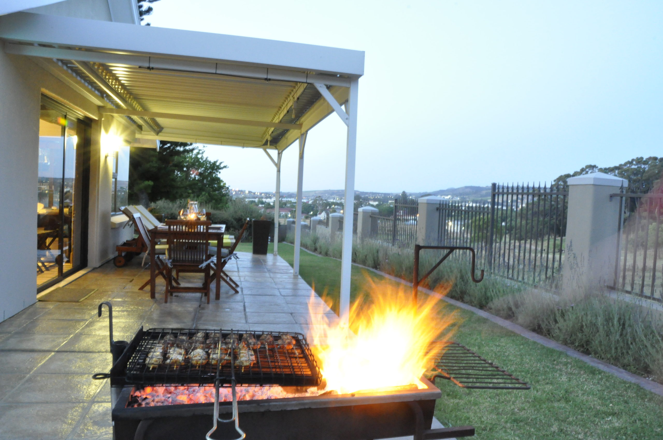 Barbeque with a view at Stellenview Luxury Cottage  - Stellenbosch