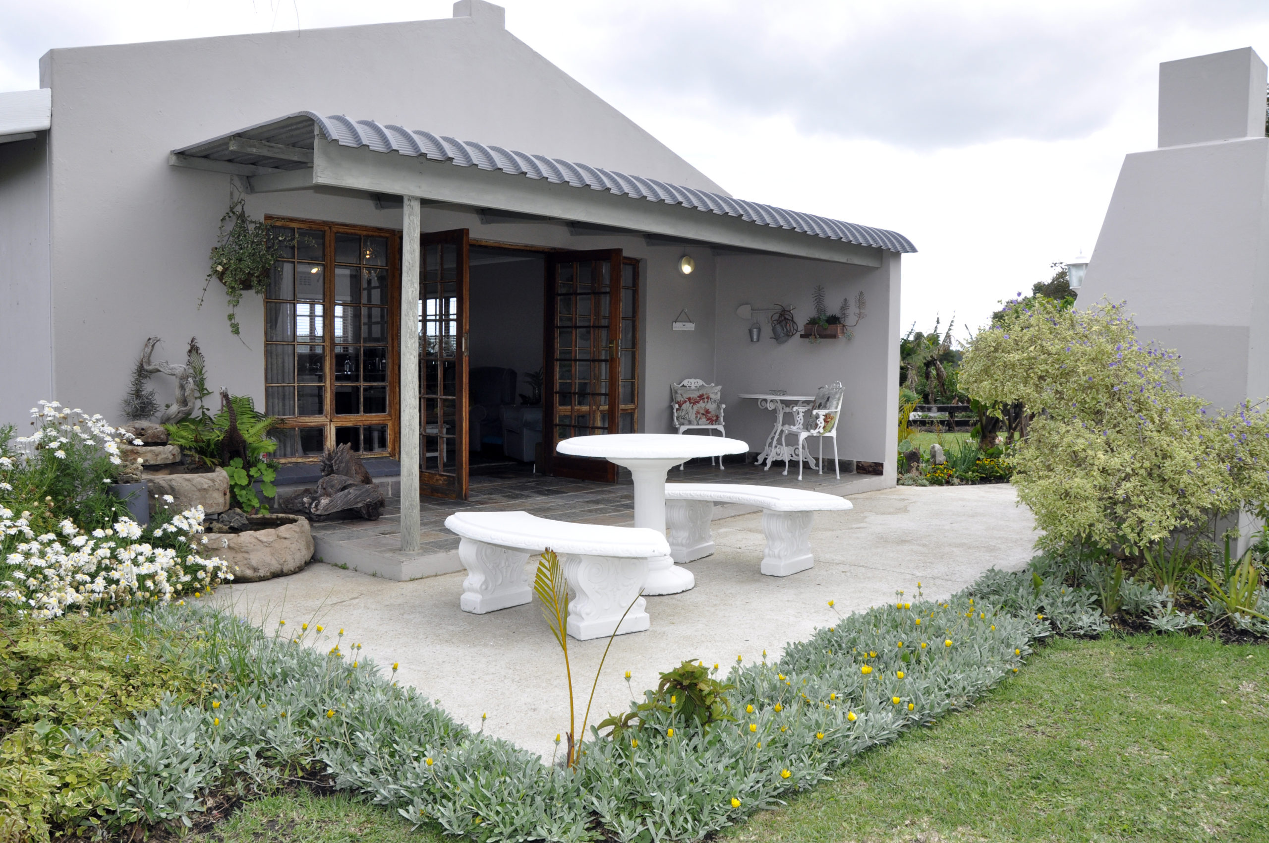 Tsitsikamma Gardens Self-catering Cottage #1 - Exterior view from the garden